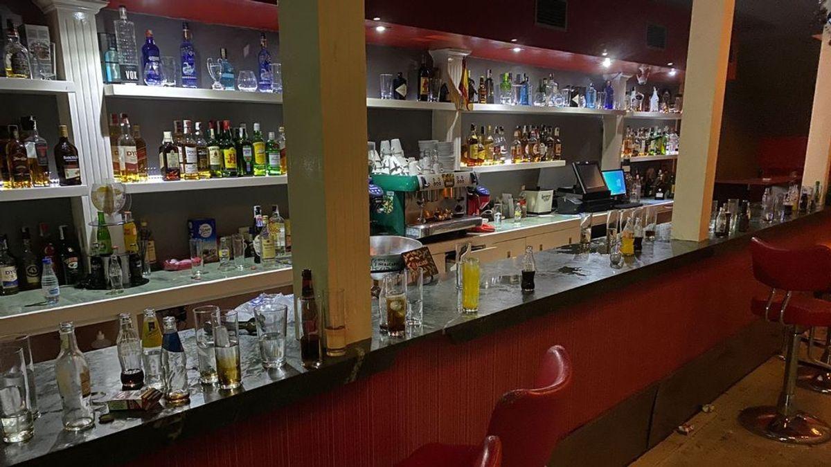Macrofiesta clandestina en Jaén: policía y bomberos tienen que intervenir para desalojar a 79 personas de un bar