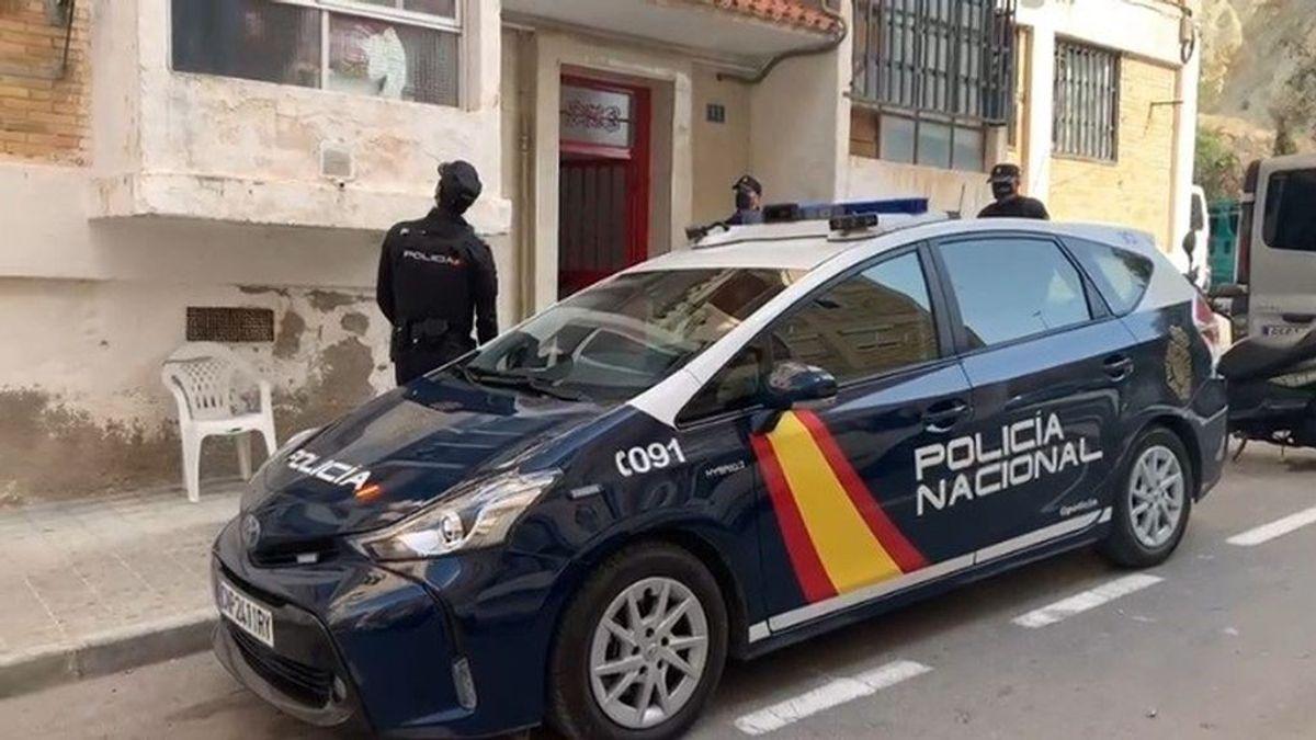 Desarticulada una mafia en Alicante que vendía y alquilaba viviendas que previamente ocupaba