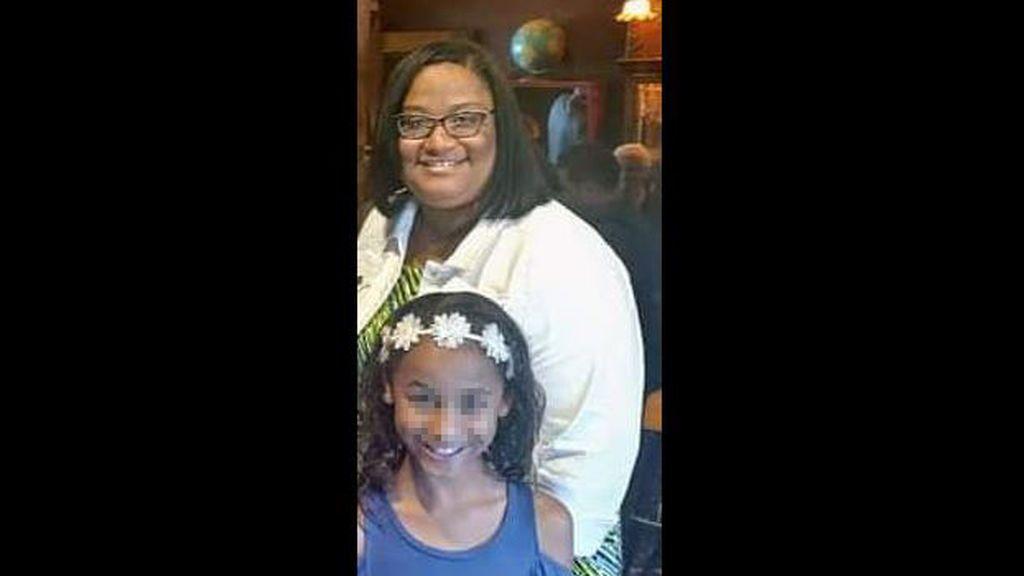 Una niña de 11 años encuentra muertos a sus padres en el sótano de su casa: se aislaron tras dar positivo en covid