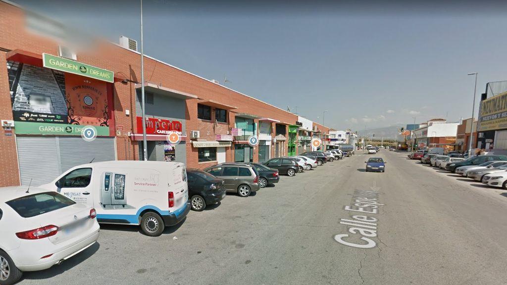 Macrofiesta en un polígono de Jaén