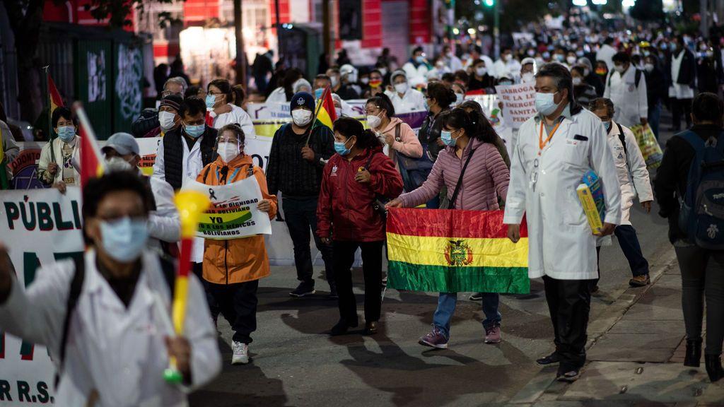 Bolivia: pulso al presidente Arce del sector sanitario