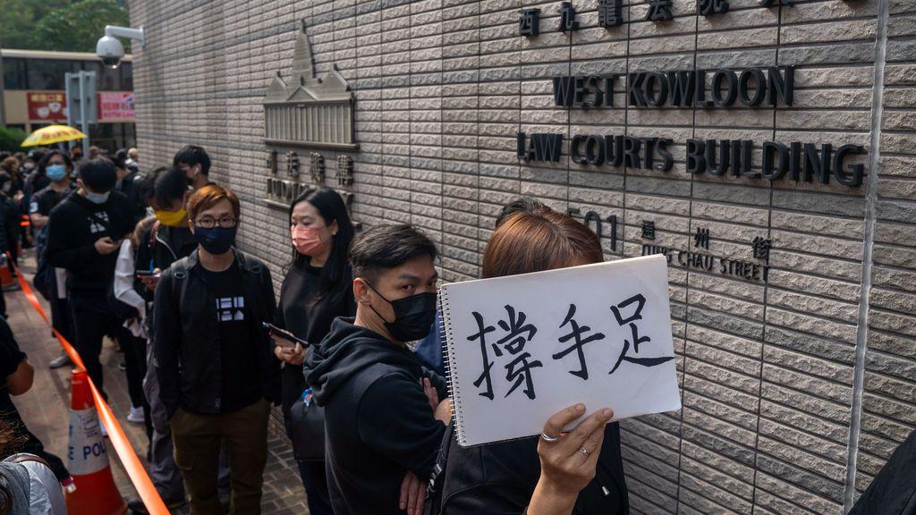 Hong Kong acusa de subversión a 47 activistas bajo la ley de seguridad china
