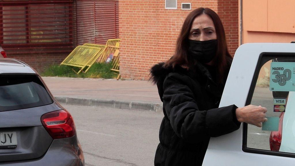 La actriz María Barranco a su llegada a la capilla ardiente