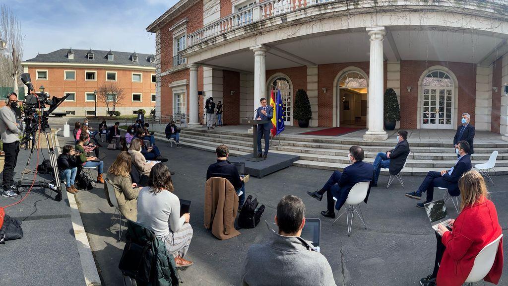 Moncloa reabre las puertas a los periodistas en las ruedas de prensa tras los Consejos de Ministros