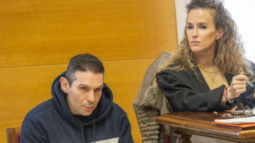 Degolló a su pareja y se lo contó a sus pequeños en su cuarto: estará 26 años en la cárcel