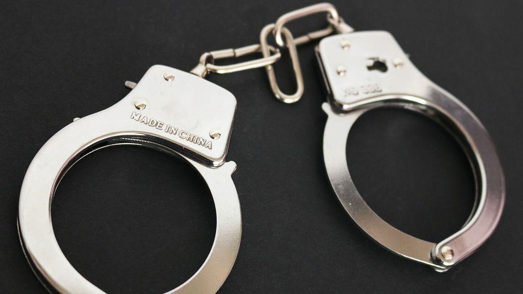 Condenado a 15 años de cárcel por violar a su pareja e intentar quemarla en San Sebastián