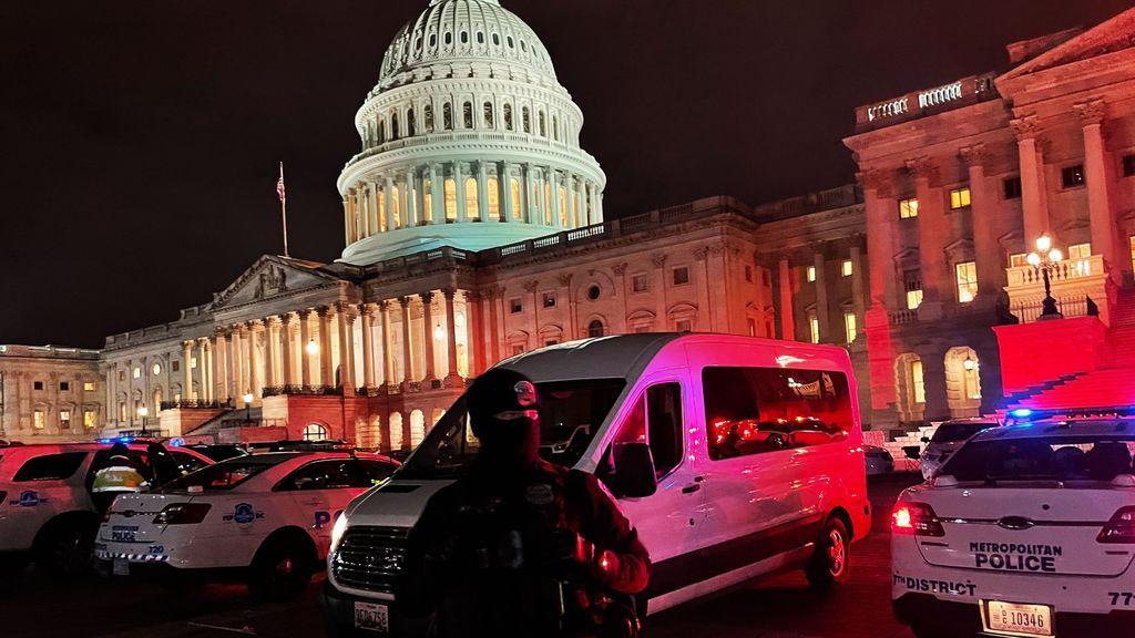 """La policía estadounidense alerta de un  """"complot"""" para asaltar el Capitolio este jueves"""