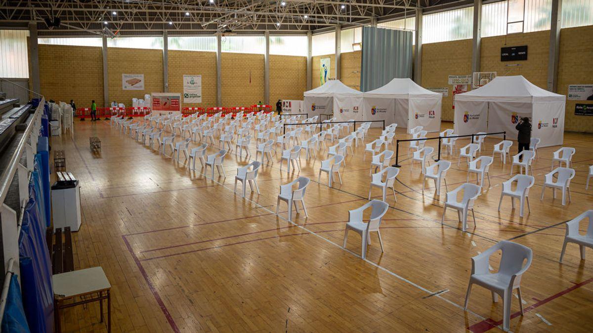 La Generalitat prevé vacunar a 400 mil valencianos a la semana a partir de abril
