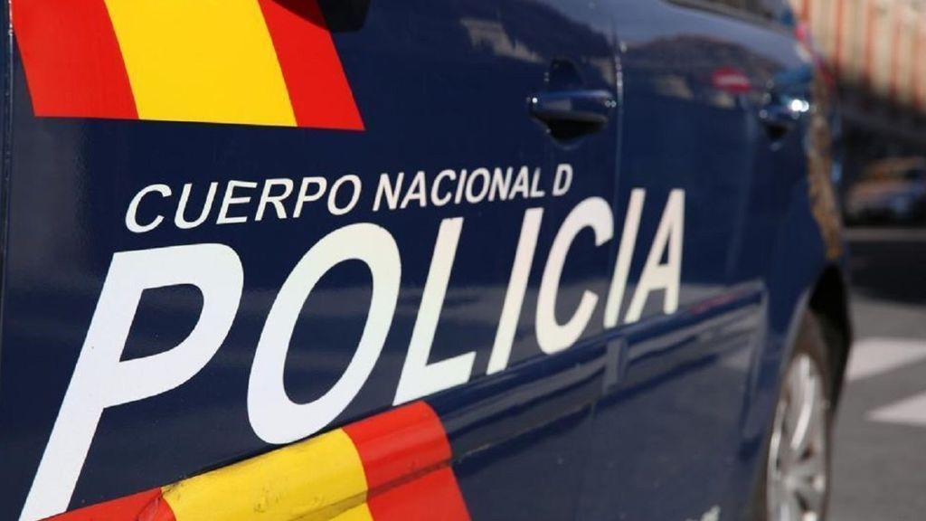 Detienen a un profesor en Madrid que presuntamente acosaba a alumnas de 14 y 16 años