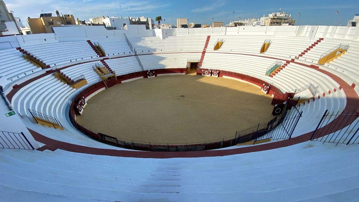 La `terraplaza´:  la plaza de toros de San Fernando se convierte en salón de celebraciones y terraza
