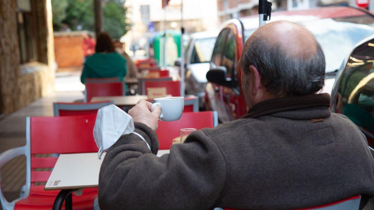 Extremadura retrasa el toque de queda, amplía el aforo en la hostería y permitirá reuniones de hasta seis personas