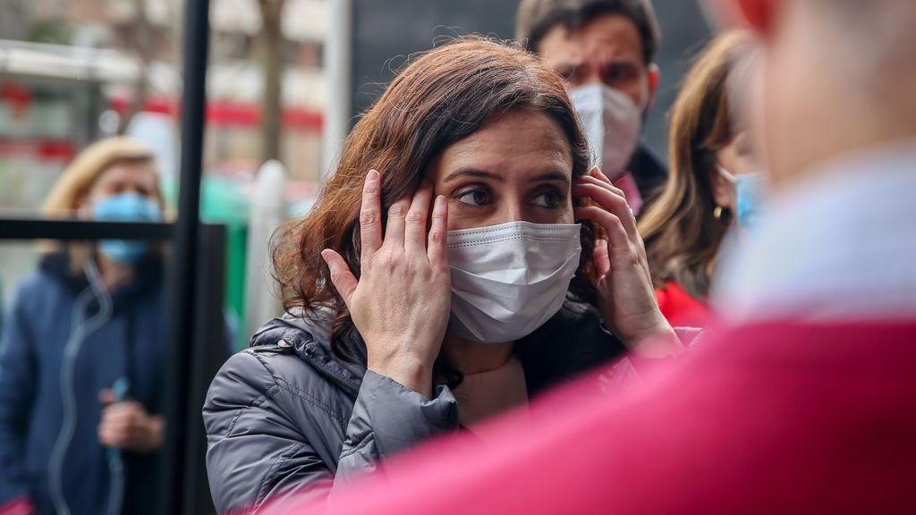 """Ayuso dice que cerrar Madrid """"no afecta en especial a la evolución del virus"""" y que si fuera """"egoista"""" lo haría"""