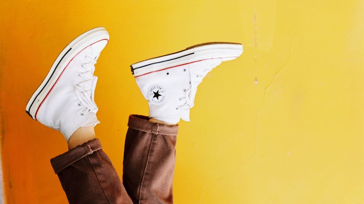 Cómo blanquear la suela de los zapatos