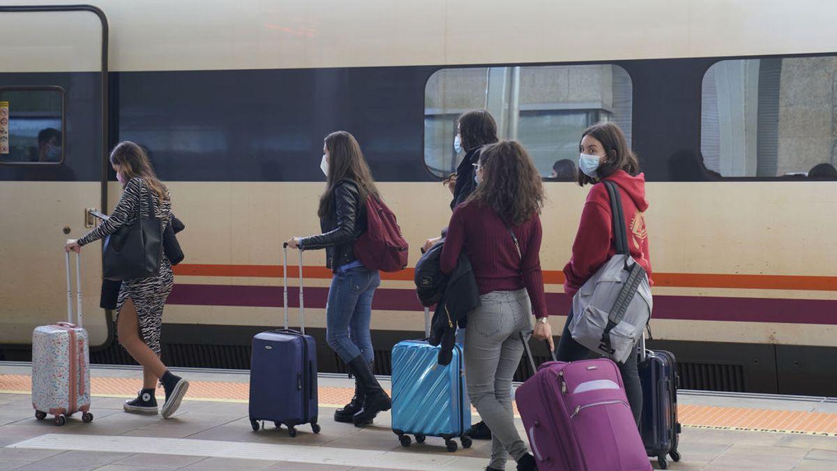 Universitarios vuelven a casa en Semana Santa