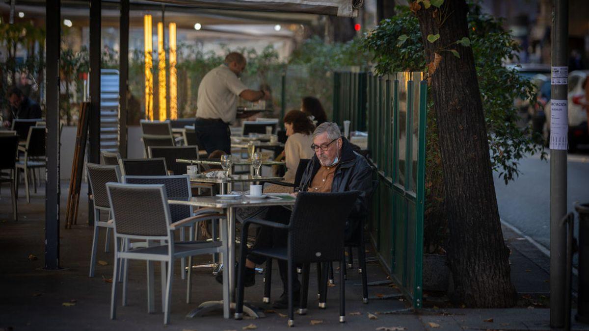 Cataluña relaja las medidas: bares y restaurantes podrán abrir hasta las 17:00 horas a partir del lunes