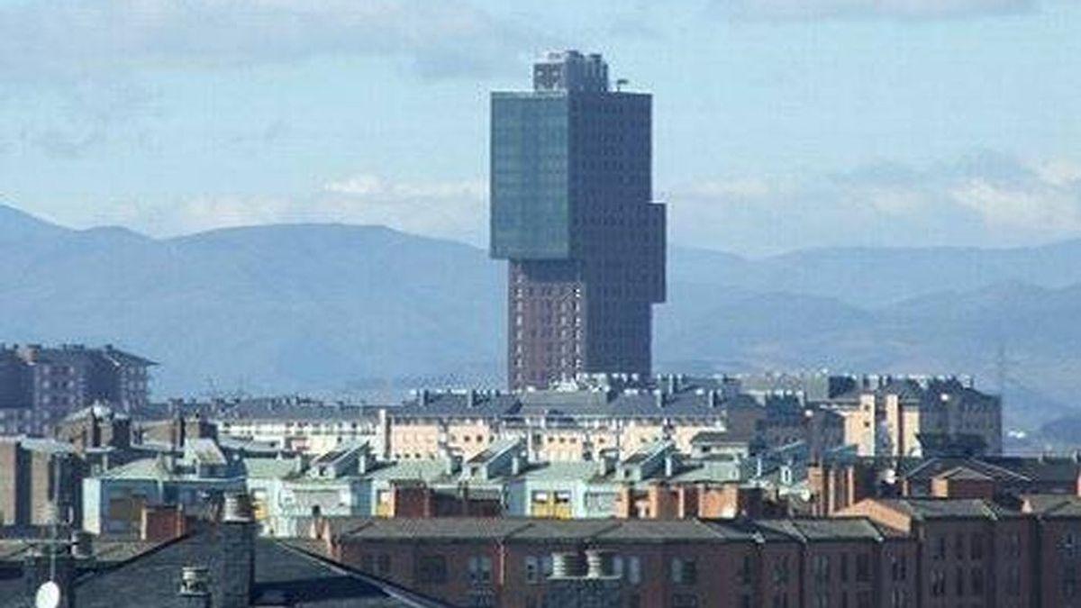 Forocoches quiere encontrar el edificio más feo de España y Twitter se vuelca con ejemplos