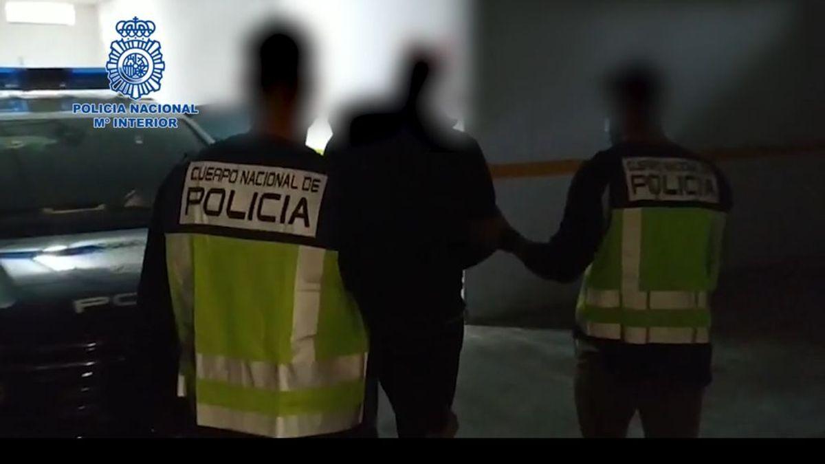 Detenido en Coria del Río a un ladrón de viviendas que utilizó a dos menores de 3 y 4 años para llevar lo robado