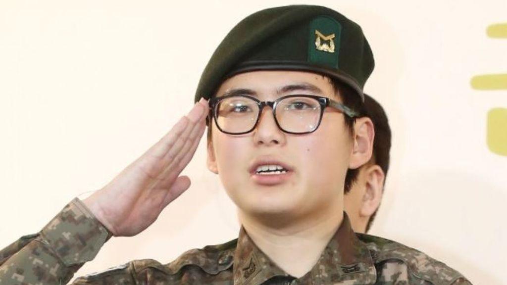 Hallan muerto al primer soldado transgénero de Corea del Sur