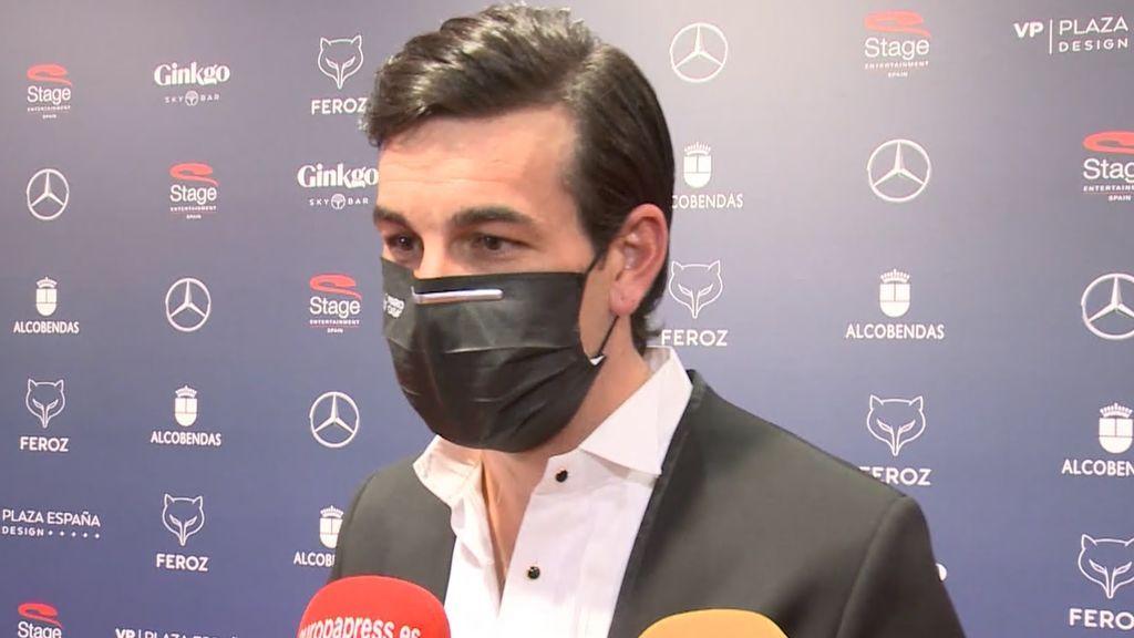 Mario Casas habla de su relación con Déborah François