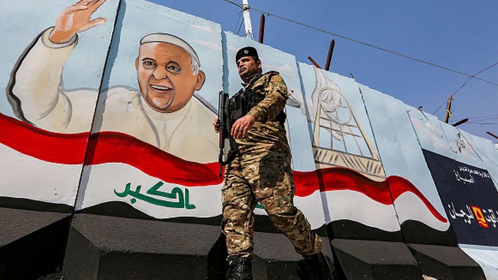 El papa viaja a Irak, frente a la pandemia y la amenaza terrorista