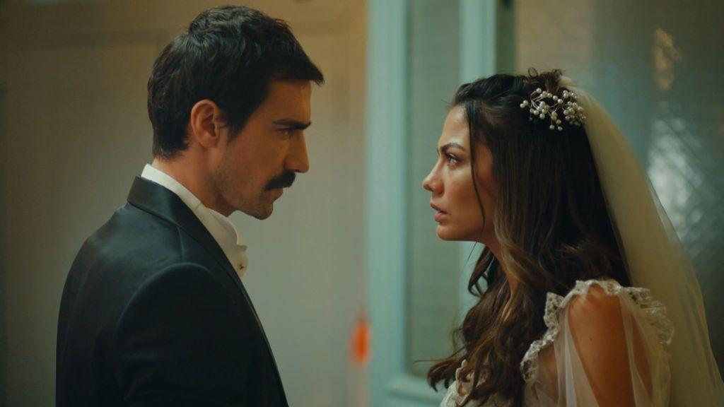 Zeynep intenta fugarse tras su boda