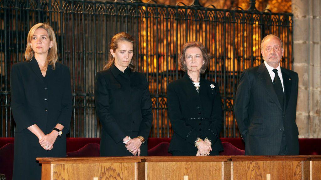 La transparencia de Zarzuela no llega a las infantas y tampoco a Juan Carlos I, aunque es parte de la Familia Real