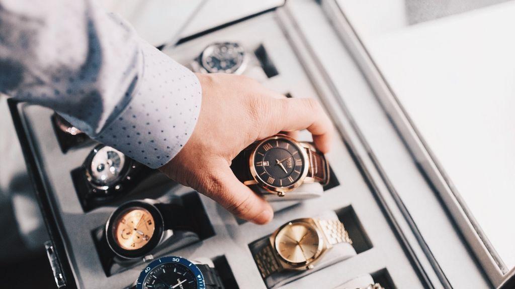 5 relojes para regalar a tu hijo en el día del padre.