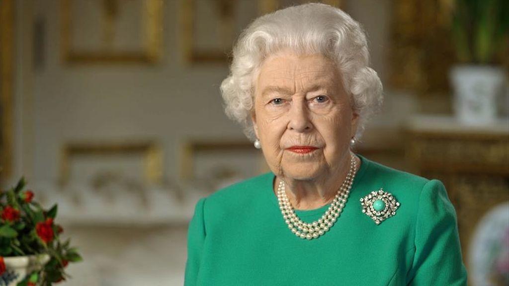 La Reina Isabel II llamará a la unidad ante la entrevista de Harry y Meghan