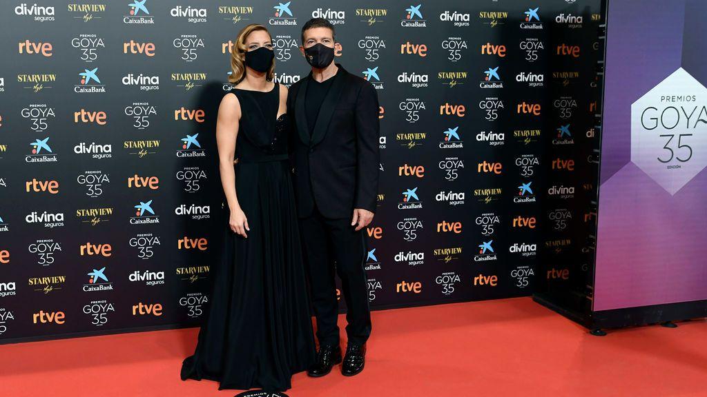 María Casado y Antonio Banderas en la alfombra roja de los Premios Goya 2021