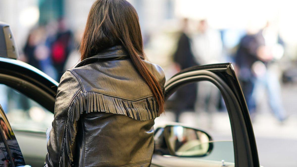 """""""Márcate una holandesa"""": la recomendacion de la Guardia Civil para evitar accidentes al salir del coche"""