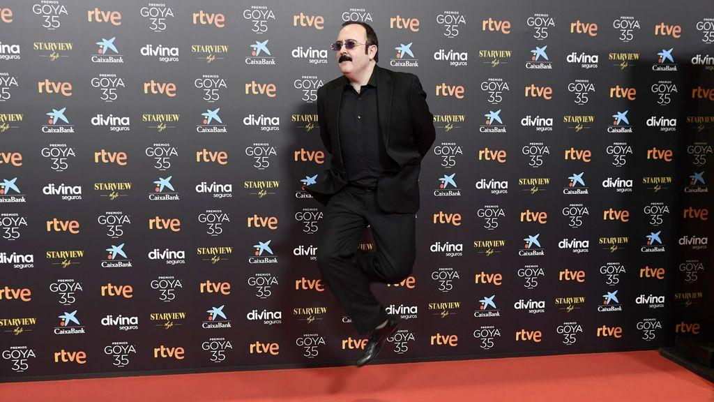 Carlos Areces en la alfombra roja de los Premios Goya 2021