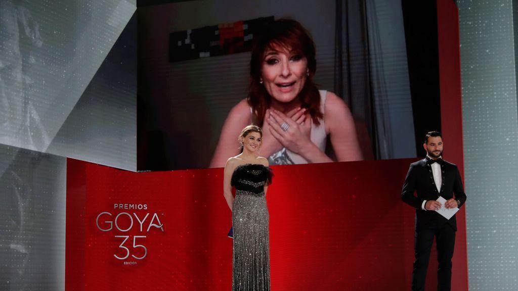 Nathalie Poza recibe el Goya a la Mejor Actriz de Reparto por 'La boda de Rosa'