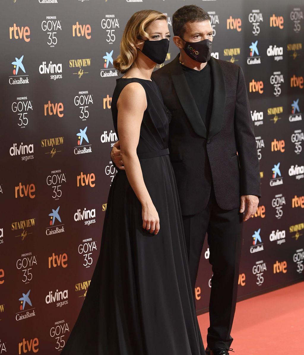 Antonio Banderas y María Casado en la alfombra roja de los Premios Goya 2021