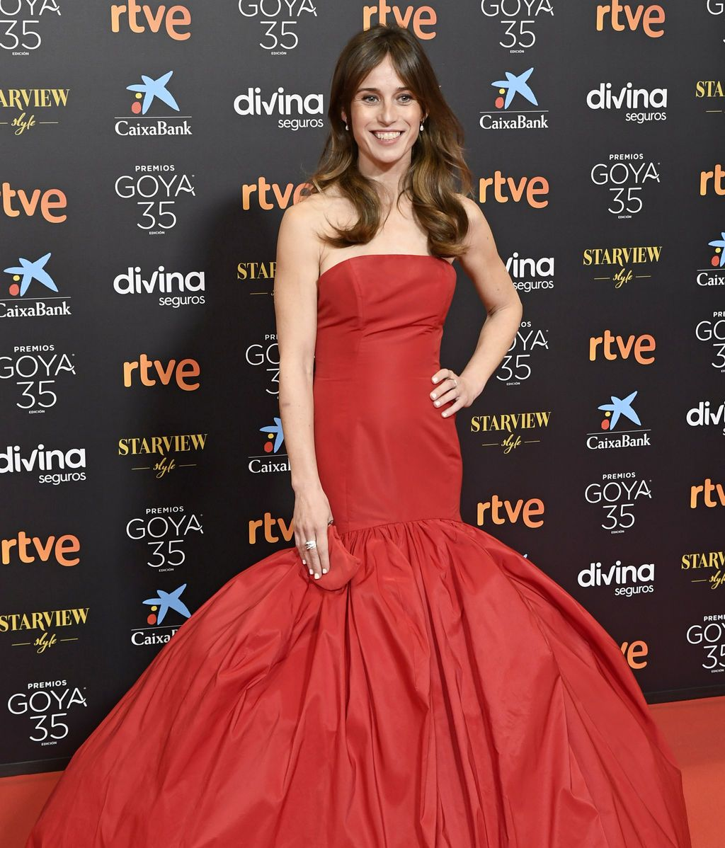Marta Etura en la alfombra roja de los Premios Goya 2021