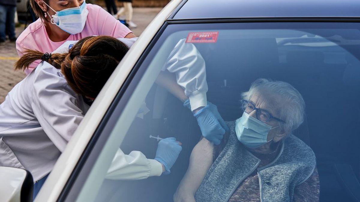 Varias comunidades relajan las restricciones esta semana ante descenso generalizado de contagios