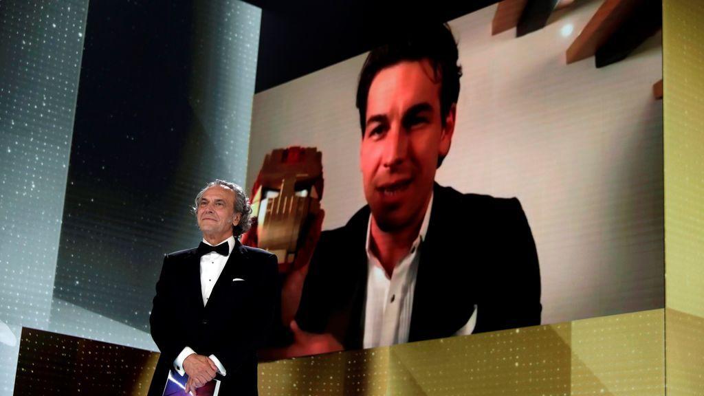 José Coronado y Mario Casas en la gala de los Goya