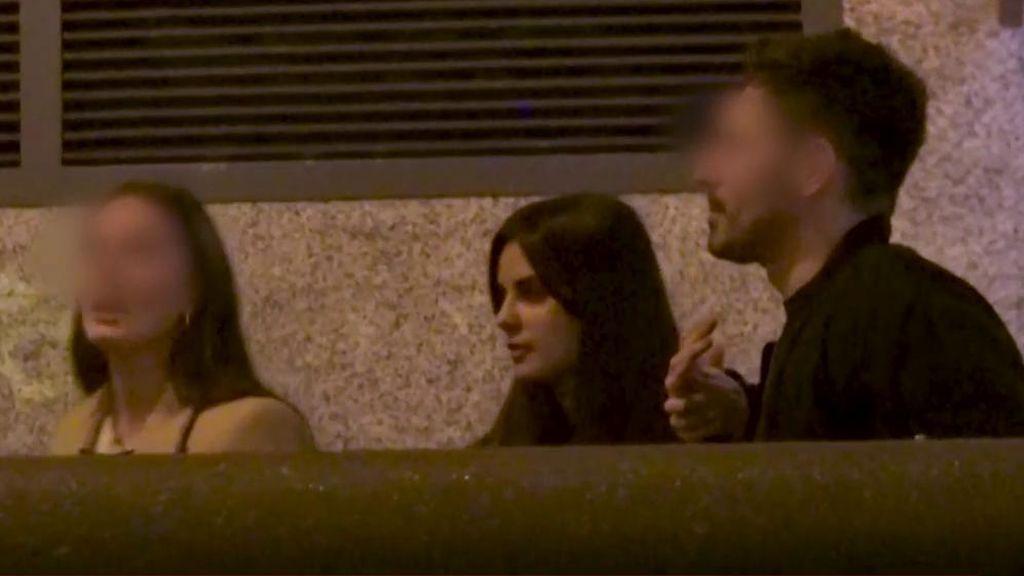 El novio de Alexia Rivas se pelea en plena calle