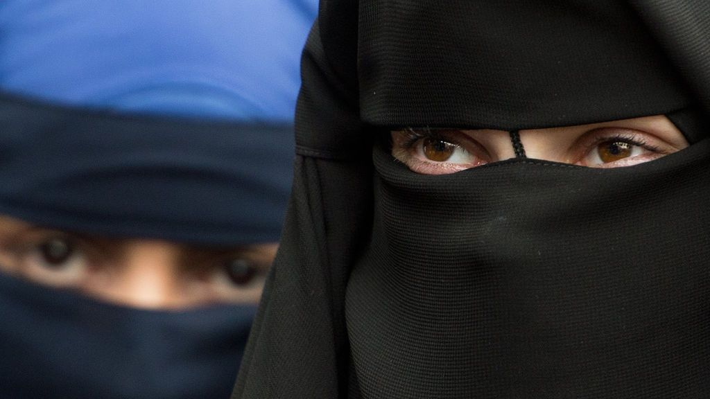 Suiza vota este domingo en referéndum sobre la prohibición total del uso del velo para las mujeres