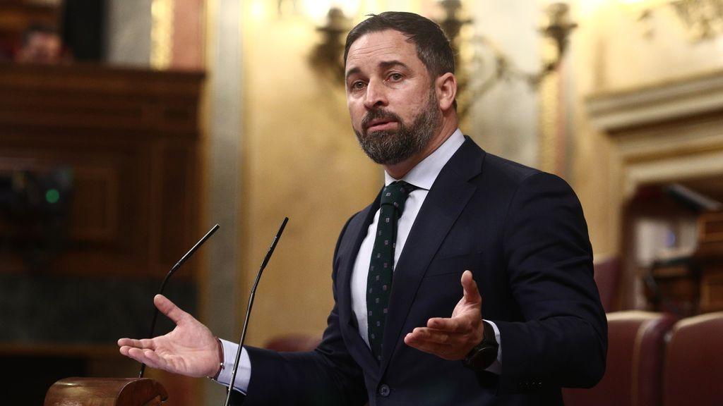 Vox lleva al Congreso que se hable de los crímenes del comunismo en los colegios  y se prohíba la hoz y el martillo