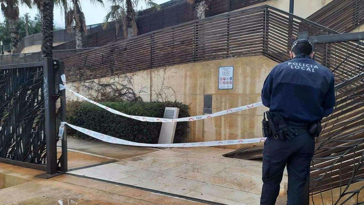 La Policía disuelve un grupo de 300 jóvenes que realizaban botellón en Alicante