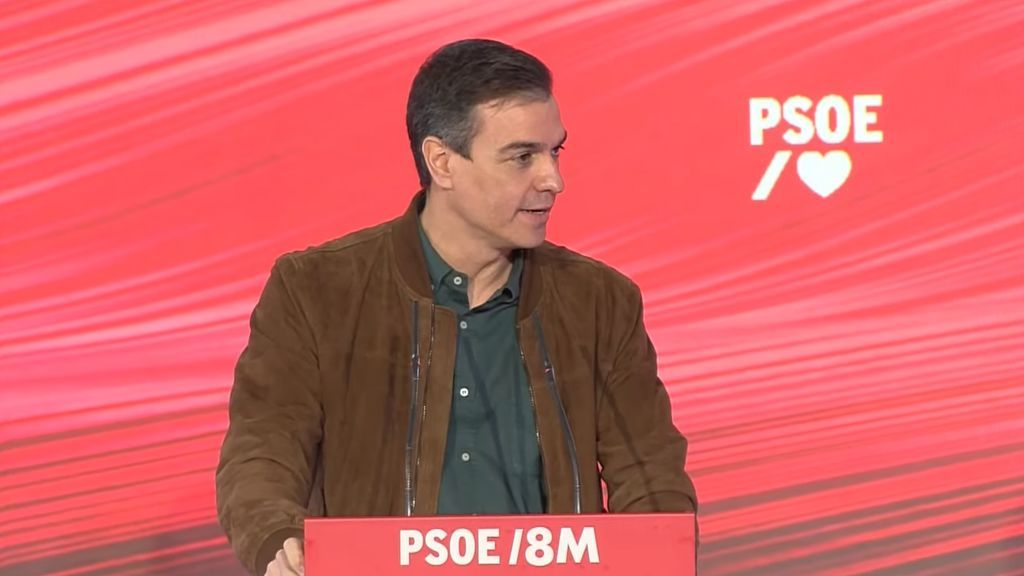 """Sánchez critica a los """"enemigos del feminismo"""" que se """"froten las manos"""" ante la prohibición de manifestaciones el 8-M"""