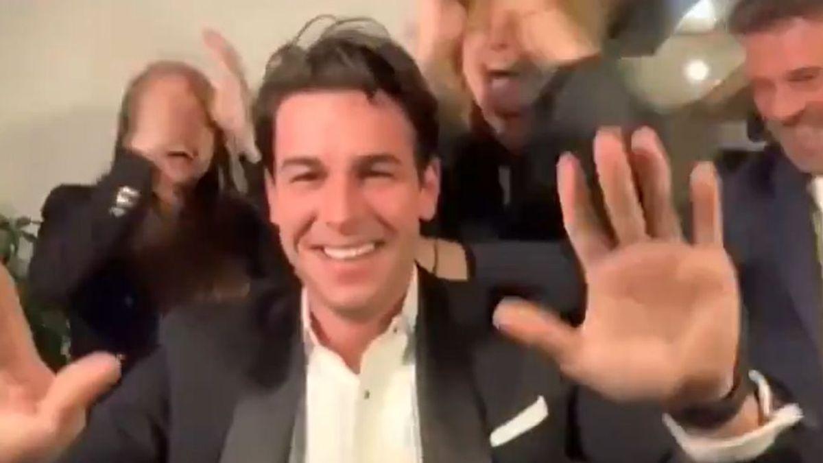 Mario Casas por fin se lleva el Goya: euforia familiar, celebración friki y guiño a su criticado pasado