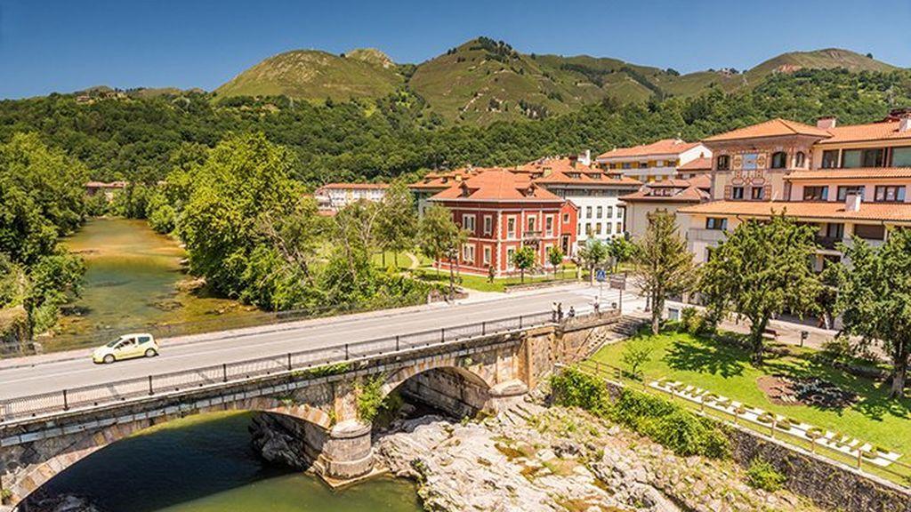 De Cangas de Onís a Cazorla: los seis pueblos de montaña más visitados de España