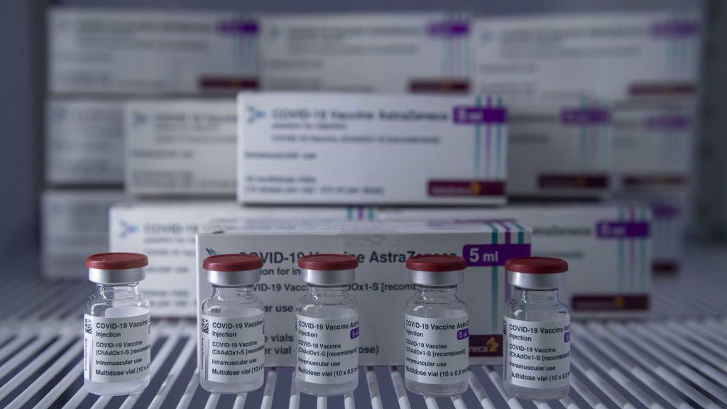 Italia, Grecia y Rumanía aprueban el uso de la vacuna de AstraZeneca en mayores de 65 años