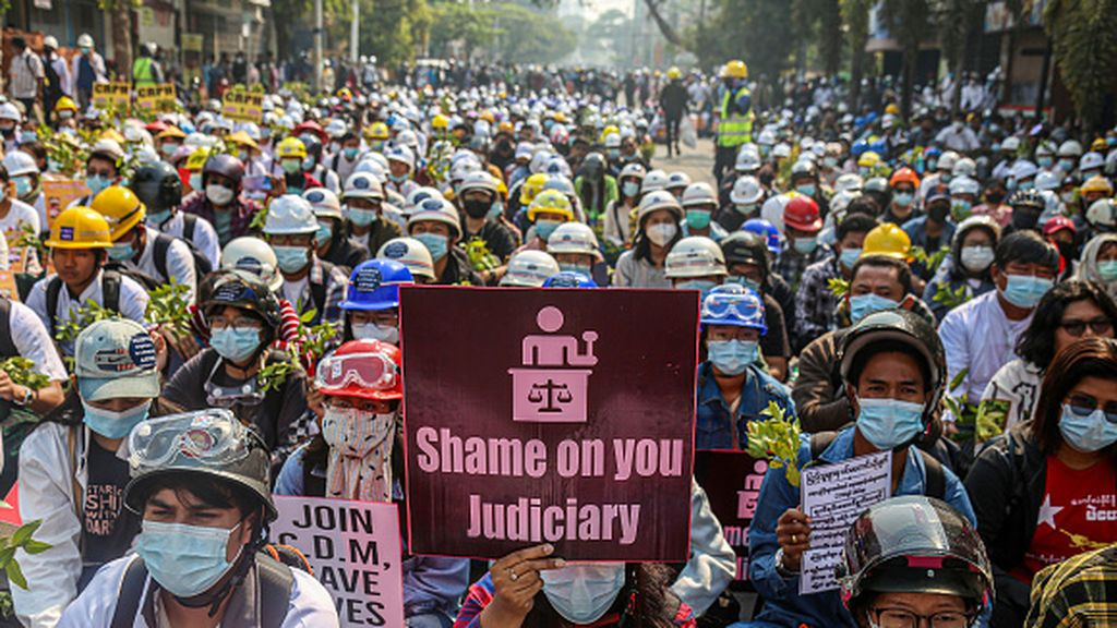 Arrestos de civiles y miembros de la oposición en una jornada de redadas nocturnas en Birmania