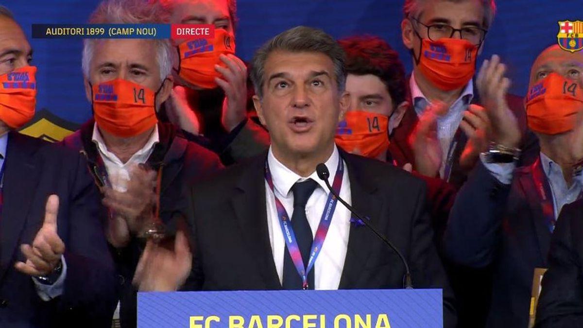 Joan Laporta y su equipo homenajean a Johan Cruyff en su primer discurso como presidente del Barcelona
