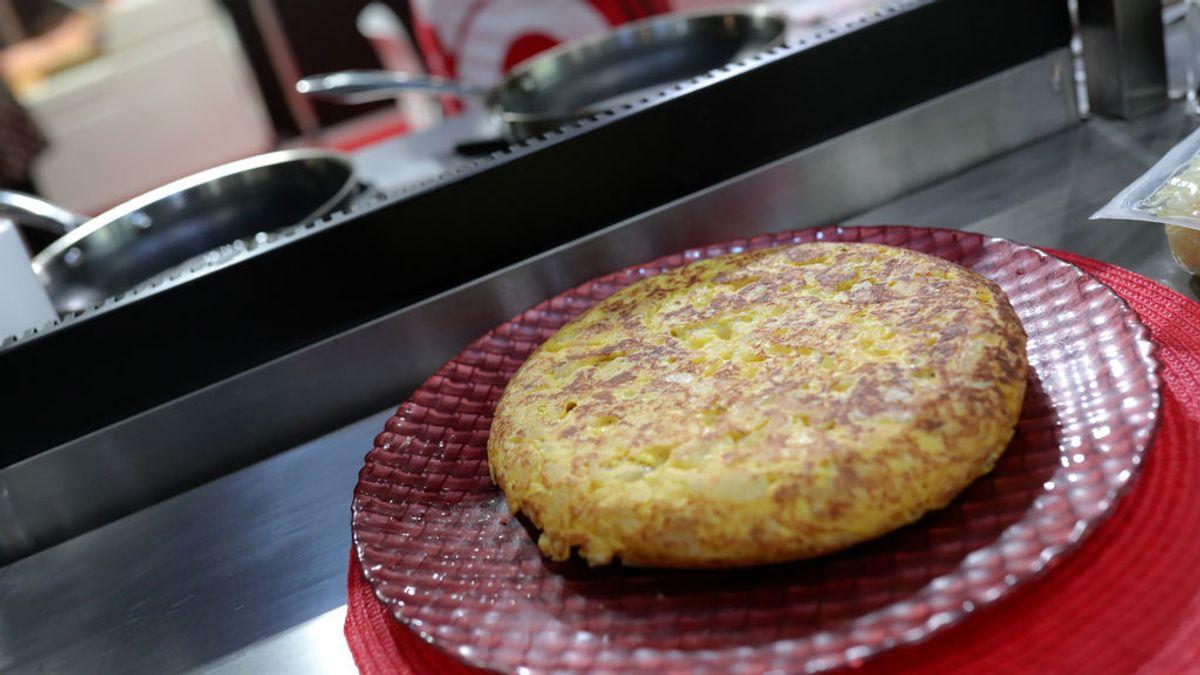La tortilla de patatas, un icono gastronómico con puntos y debates para todos los gustos