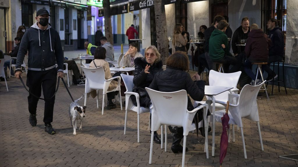 La caída de la incidencia en España se reduce a la mitad en las dos últimas semanas