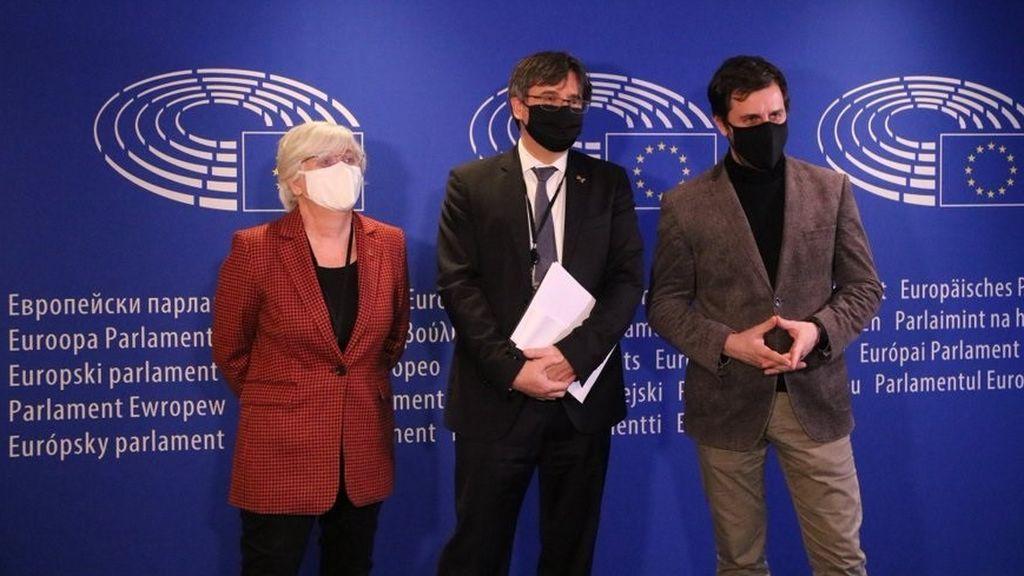 El Parlamento Europeo levanta la inmunidad a Puigdemont