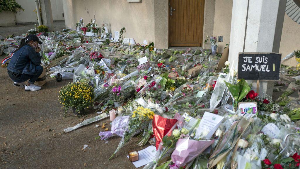 Decapitación del profesor Samuel Paty en Francia: la alumna que le acusó reconoce que le mintió